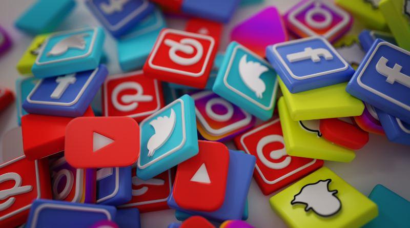 ¿Qué productos no se pueden anunciar en las redes sociales?